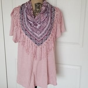 ❤ One World t-shirt with scarf